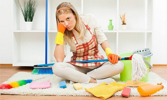 Как быстро убрать квартиру и не умереть с тряпкой в руках: полезные советы