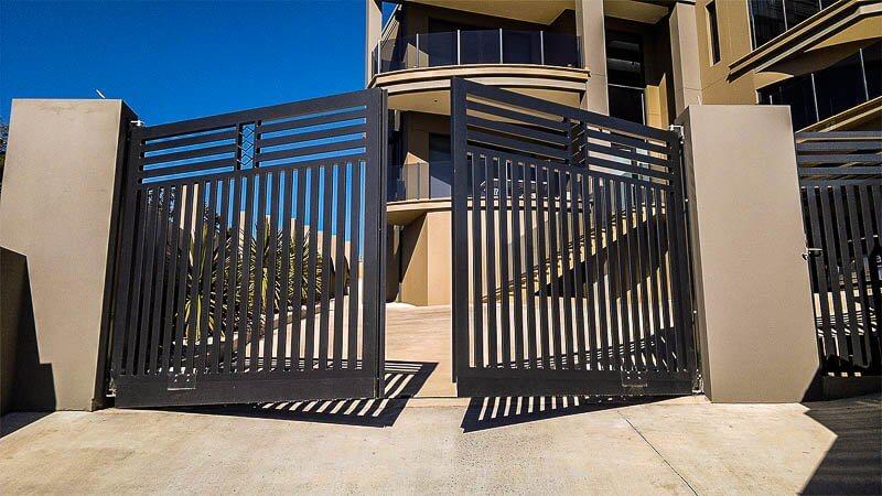 Автоматические выездные ворота: виды и преимущества