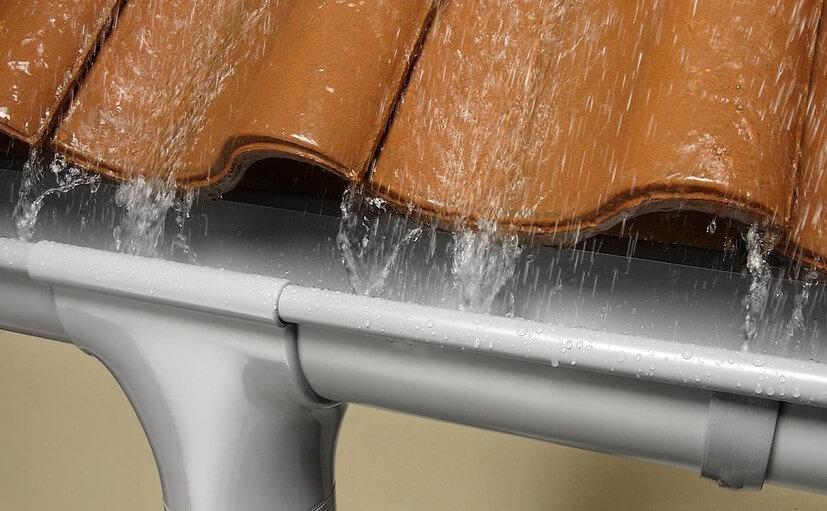 Как выбрать водосточную систему для частного дома